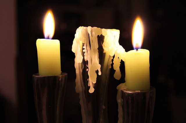 candle-1192297_640